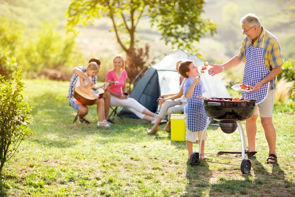 How to Treat Your Family to a Fun Weekend on a Tight Budget